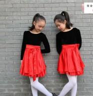 最喜欢的一套萝莉白袜套图,送给八妹柔术粉丝们!【4P】